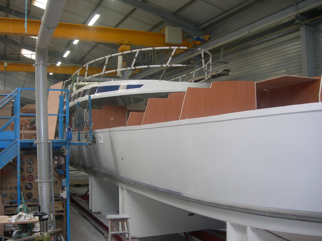 Photos construction de bateau cpc chantier naval - Construction peniche neuve ...